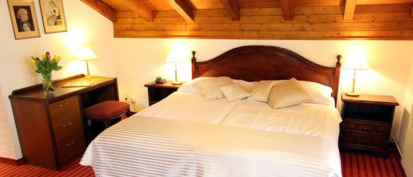 Hotel Alfa-Soleil, Kandersteg, Bernese Oberland, Switzerland - Bedroom_Type_Superior.jpg